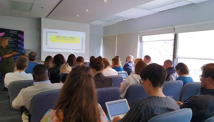 Mise sur pied de la première Table de concertation intersectorielle et interrégionale en littératie numérique au Québec